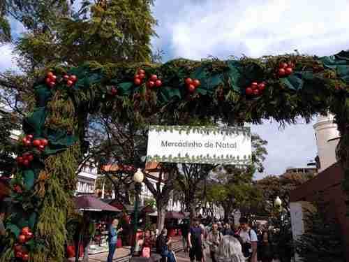 Mercado de Natal. Passagem de Ano na Madeira.