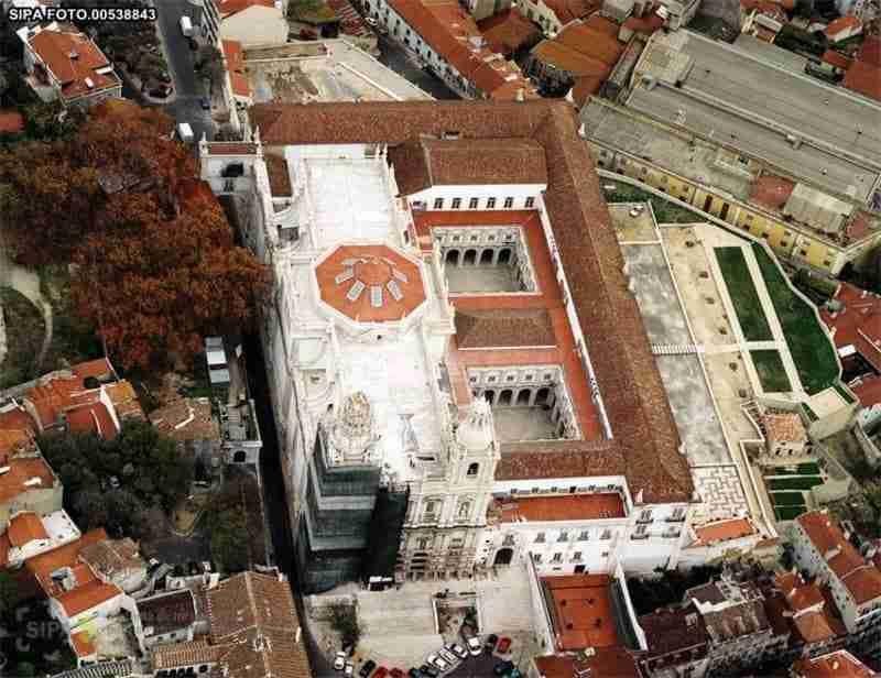 Vista aérea Mosteiro de São Vicente de Fora; Panteão dos Braganças